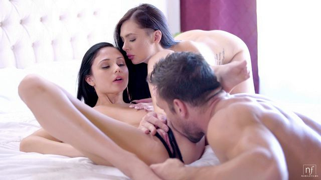 Nubile Films Ariana Marie, Marley Brinx - Sexy Surprise